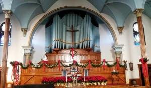 advent sanctuary photo